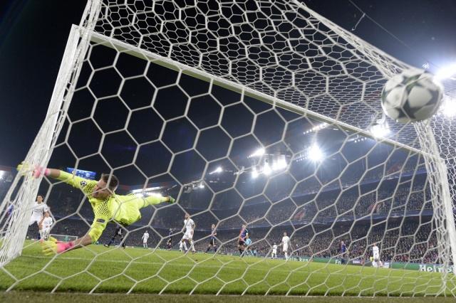 Chelsea vence a Tottenham y suma primera victoria en fútbol inglés