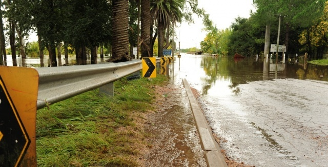 Sube a 565 el número de personas desplazadas por inundaciones