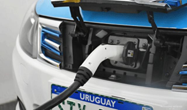 La primera ruta eléctrica de Latinoamérica está en Uruguay
