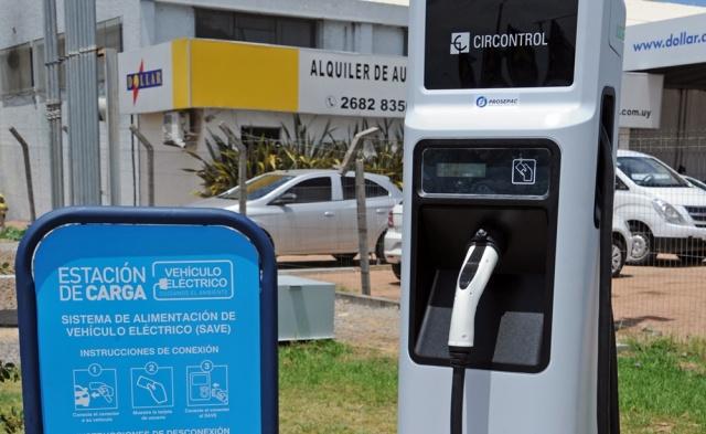 Primera ruta eléctrica de Latinoamérica está en Uruguay