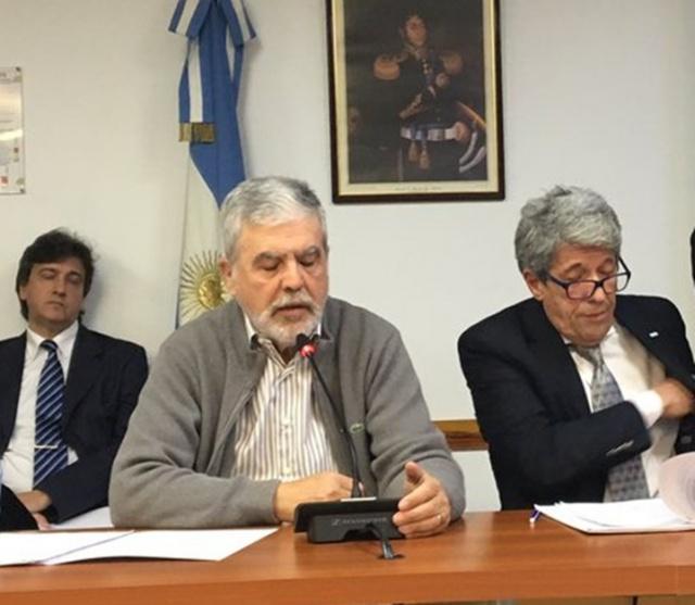 Confirman el procesamiento de Julio De Vido por fraude y seguirá preso