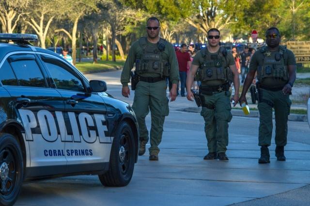 Trump sugiere armar a los profesores para evitar tiroteos en escuelas