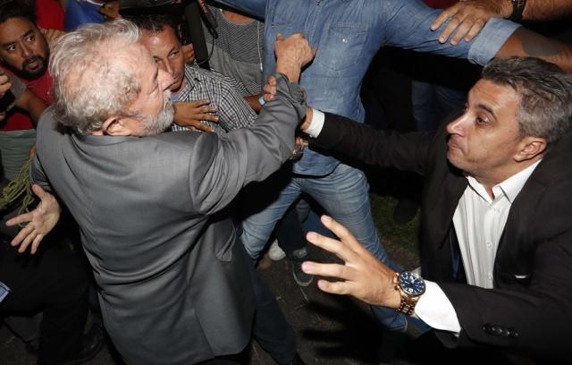 Lula registrará su candidatura a presidencia brasileña