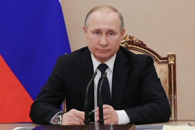 Putin y Asad piden reanudación del