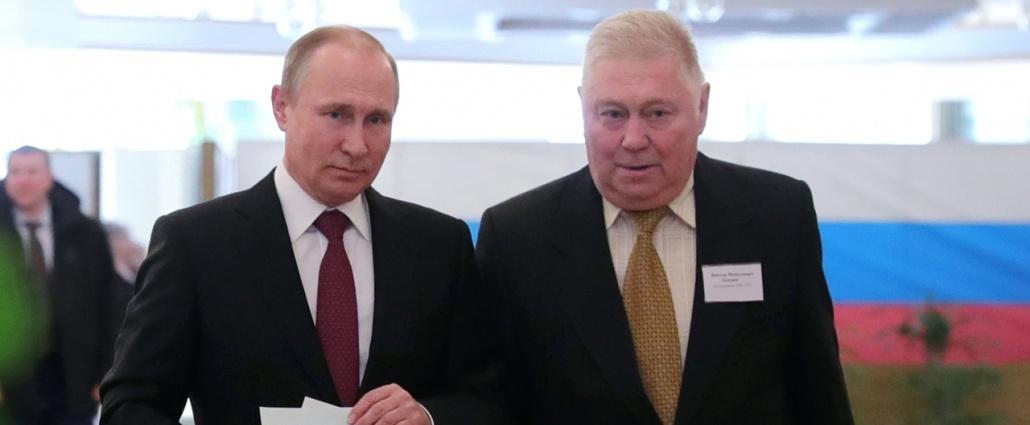 Putin vota en las elecciones presidenciales rusas