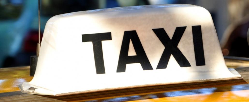Taxistas realizarán paro este martes y miércoles