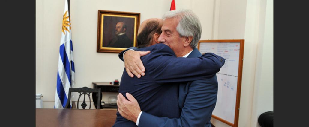 Vázquez le recomendó al precandidato Martínez que mantenga cercanía con la población