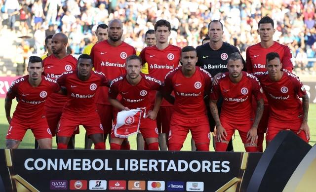 El Internacional de Porto Alegre obtiene tres puntos de oro en Chile 2c2f8ed3b5825