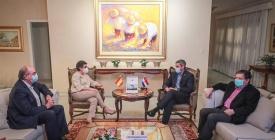 La canciller de España llega a Paraguay con el acuerdo UE-Mercosur en agenda
