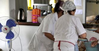 Un paro de 24 horas afecta a comedores y la limpieza en escuelas