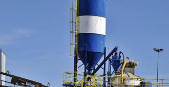 Ejecutivo busca facilitar la transferencia de silos a productores