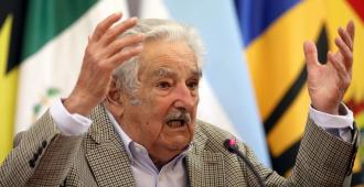 Mujica llamó en México a impulsar integración latinoamericana con educación