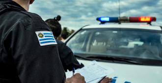 Detuvieron a dos delincuentes tras cometer un arrebato en Maldonado