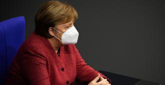 Merkel y líderes regionales buscan consenso para prorrogar o endurecer cierre