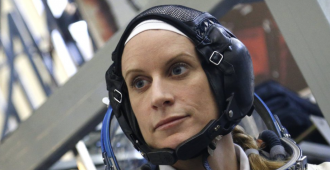 Astronautas realizaron otra caminata para trabajar en paneles solares de la EEI