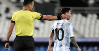 Messi anota pero Argentina y Chile igualan en el Grupo A que lidera Paraguay