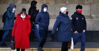 Moscú ordena 11 días de vacaciones y el cierre de servicios no esenciales