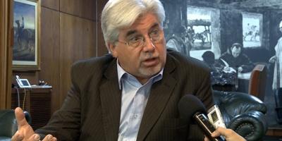 Ejecutivo procura crear fondo para endeudamiento de productores lecheros