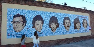 Inauguraron mural de homenaje a Los Iracundos