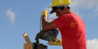 Obreros de la construcción de Mercedes piden a Vázquez trasparencia en llamados a concurso de obra pública