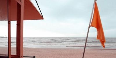 Hallan un cadáver en Playa de Piriápolis e investigan la causa de su muerte