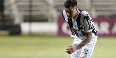 Wanderers derrotado por Corinthians