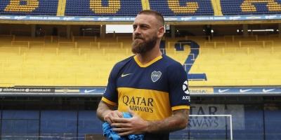 """De Rossi firma contrato con Boca hasta fines de 2020 y cumple así un """"sueño"""""""