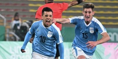 Uruguay volvió a ganar y sueña con la dorada