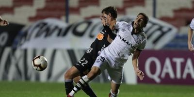 Wanderers eliminado por el Corinthians
