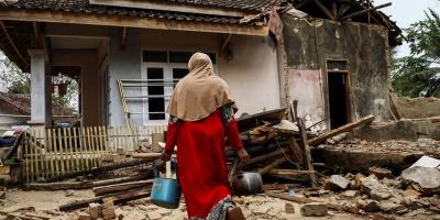 Cuatro muertos y más de 1.000 desplazados por terremoto de 6,9 en Indonesia