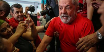 """La Justicia ordena la transferencia de Lula a """"establecimiento"""" en Sao Paulo"""