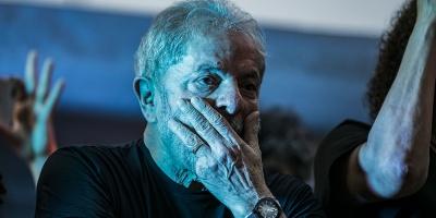 Lula es víctima de una gran humillación, dice defensa al rechazar su traslado
