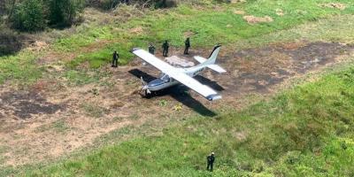 Hallan dos mexicanos muertos en avioneta con 171 kilos cocaína en Guatemala