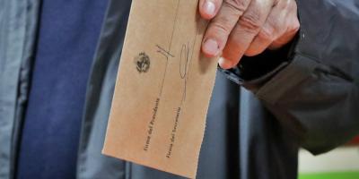 El FA presentará proyecto de ley para habilitar el voto en el exterior
