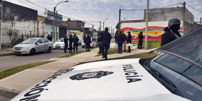 Detuvieron a 6 personas tras operativo en Villa Española