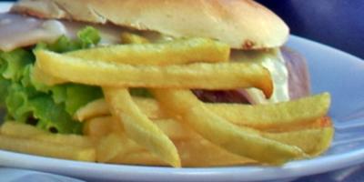 Un joven sufre pérdida de visión por comer únicamente papas fritas