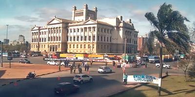 Un Solo Uruguay realiza movilización en el entorno al Palacio Legislativo hasta Presidencia