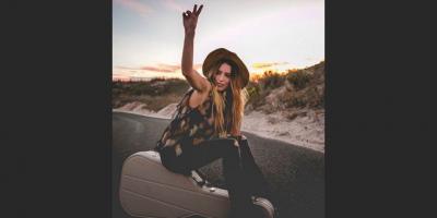 Murió la ascendente cantante texana de música country Kylie Rae Harris a los 30 años, víctima de un accidente automovilístico
