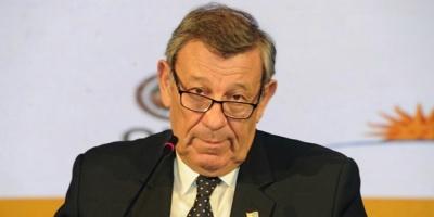 Uruguay aplica instrucción disciplinaria a su embajador en Austria por comentario irónico sobre Lacalle Pou tras el debate