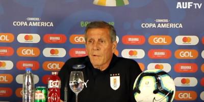 """Tabárez """"El partido con Perú de la Copa América no me lo puedo sacar de la cabeza""""."""