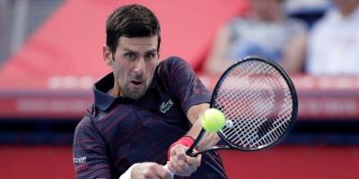Djokovic cae en Shanghái ante Tsitsipas y Nadal se acerca al número uno