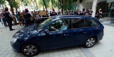 Caso María: fue entregada la niña a la Policía de Barcelona tras orden judicial