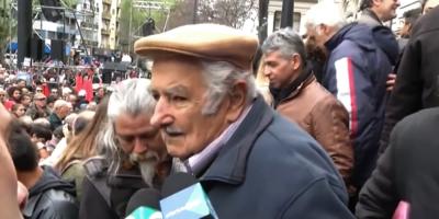 El ex presidente Mujica llamó a continuar con la búsqueda de los detenidos desaparecidos