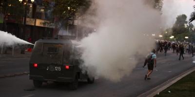 Chile confía en la autoridad militar para controlar el caos de Santiago