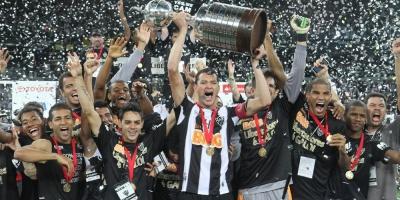 La Copa Libertadores ha visto 12 finales definidas desde el punto penal