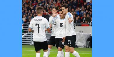 Fecha FIFA: Uruguay le ganó por 2 a 1 a Hungría en Budapest