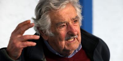 """Mujica le solicitó a la autoproclamada presidenta de Bolivia que """"pare la represión"""""""