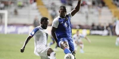 Costa Rica clasifica con dudas a semifinales tras empatar ante Haití