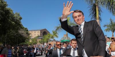 """Bolsonaro felicitó a Lacalle Pou y le invitó a """"trabajar"""" con Brasil"""