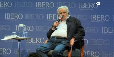 """Mujica desea """"comprensión"""" en México para resolver problemas y con EE.UU."""